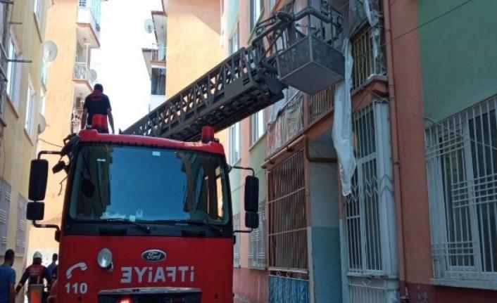 Apartman dairesinde patlama: 1 yaralı