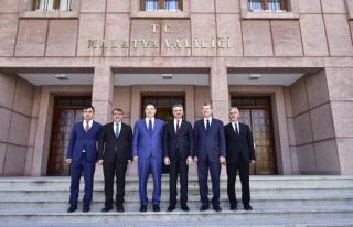 Kamu Başdenetçisi Şeref Malkoç, Vali Aydın Baruş'u...