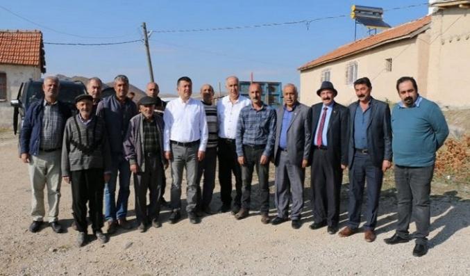Veli Ağbaba; 'Hekimhan'da Kimseyi Ayırmadan Hizmet Veriliyor'